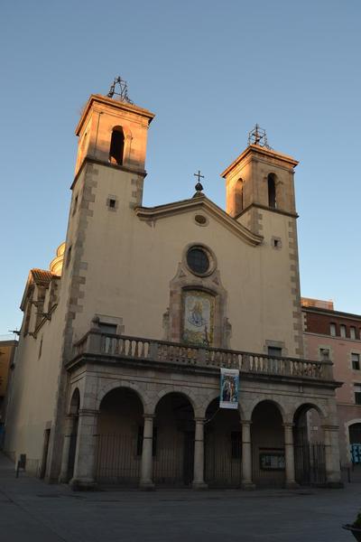 Convent de sant Vicenç Paül (Església sant Sever i sant Carles Borromeu) – Hospital Militar