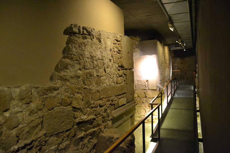 Palau Episcopal època visigoda